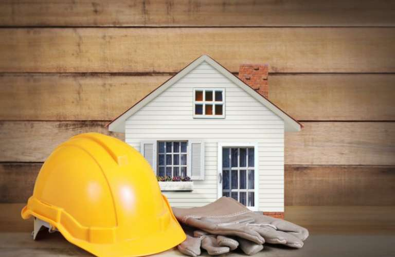 Hiring A General Contractor to Buy Property in Dhaka: When You Should and When You Shouldn't